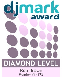 Robbies Roadshow Disco Ltd is a DJmark PLATINUM award holder